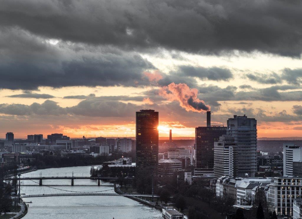 Verschmutzung der Luft in einer Großstadt
